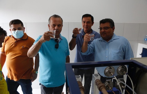 Os quatro sistemas de dessalinização entregues nesta segunda-feira vão beneficiar comunidades e assentamentos das cidades de Carnaubais, Janduís, Mossoró e Santa Cruz. Foto: Dênio Simões/MDR