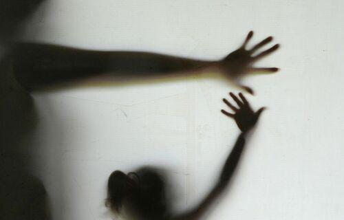 Violência contra criança. Foto: Agência Brasil.