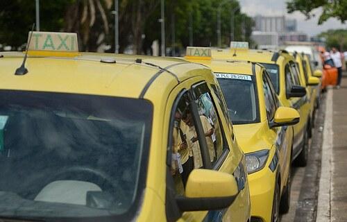 Taxi. Foto: Agência Brasil.