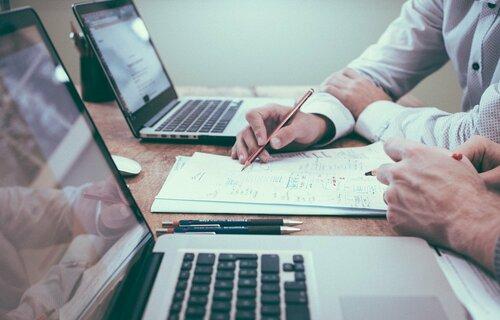 Senado está analisando projeto que institui o Marco Legal de Licenciamento Ambiental. Foto: Free-Photos/Pixabay