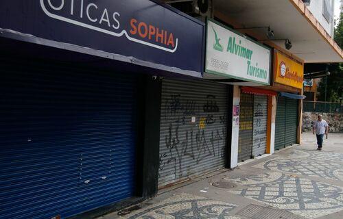 Comércio fechado. Foto: Agência Brasil.