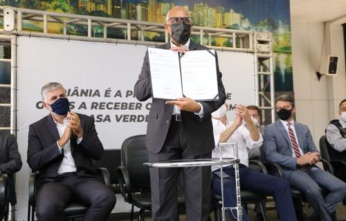 A capital goiana é a primeira cidade a aderir à modalidade Parcerias, que visa reduzir ou zerar o valor da entrada da casa própria para famílias de baixa renda. Foto: Adalberto Marques/MDR