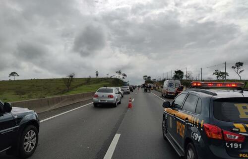 Motorista perde controle e atinge grupo de romeiros em Pindamonhangaba (SP). Foto: Divulgação/PRF