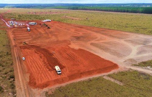 Imagem aérea de construção de fábrica em Ribas do Rio Pardo/MS. Foto: Saul Schramm/Governo do MS