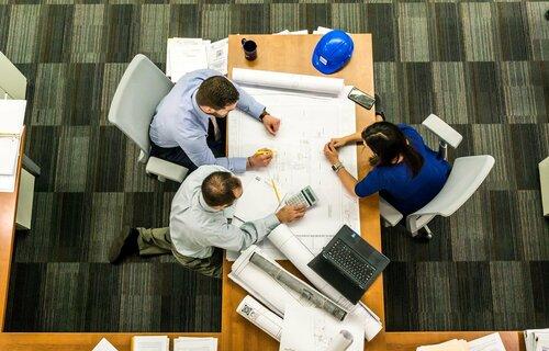 Homens são mais sensíveis no ambiente de trabalho do que mulheres/ foto: Pixabay