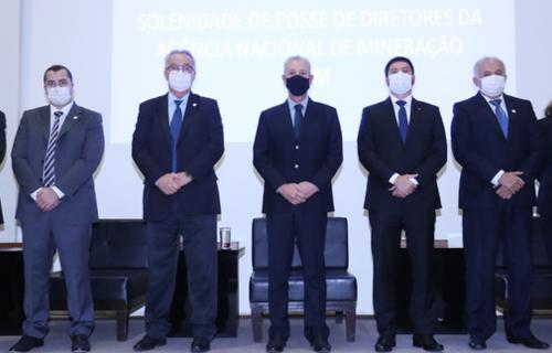 Bento Albuquerque empossa novos diretores na ANM - Foto: Bruno Spada/MME