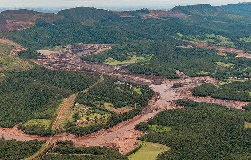 Catástrofe socioambiental provocada pelo rompimento de barragem da mineradora Vale em Brumadinho (MG). Foto: Vinícius Mendonça/Ibama