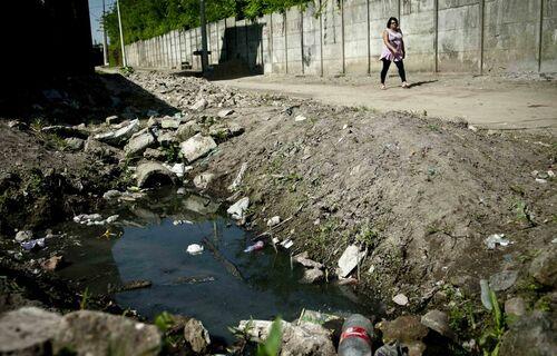 Saneamento básico. Foto: Agência Brasil.